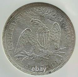 Ss République, É.-u. Numéro 1860 O Effet De Naufrage Liberté Assise Demi-dollar